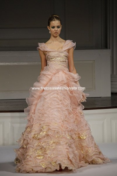 Oscar de la Renta Spring 2011 Collection