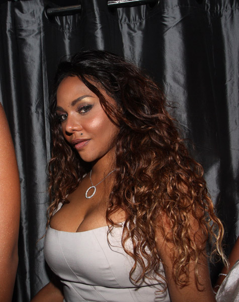 FirstClassFashionista would like to invite you to shop: DesignerClothes@FirstClassFashionista DesignerShoes@FirstClassFashionista DesignerHandbags@FirstClassFashionista *BOOKMARK THIS SITE* Official Celebrity Fashion and Gossip Website Lil Kim Celebrates B-day at Spotlight Live with First Lady […]