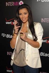 kim kardashian at blackberry 8330 pink curve launch party