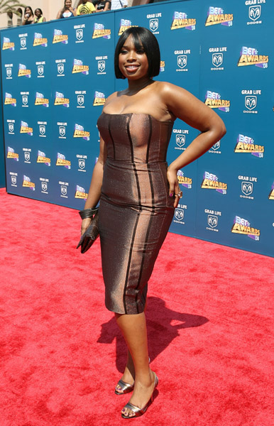 *BOOKMARK THIS SITE for Updates* Jennifer Hudson's Look at BET Awards 2008 Jennifer Hudson got engaged at her 27th birthday party to David Otunga but she says that they are […]