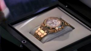 Ari's watch