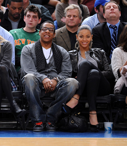 Jay Z and Beyonce at Cleveland Cavaliers vs New York Knicks Game