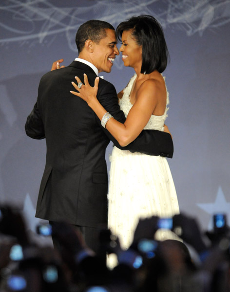 president-barack-obama-and-first-lady-michelle-obama-at-mtv-and-servicenations-be-the-change-live-from-the-inaugural-ball-at-the-washington-hilton