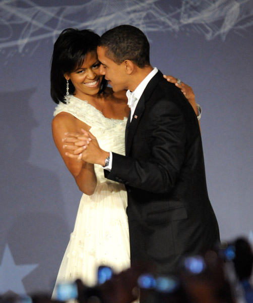 president-barack-obama-and-first-lady-michelle-obama-at-mtv-and-servicenations-be-the-change-live-from-the-inaugural-ball-at-the-washington-hilton91