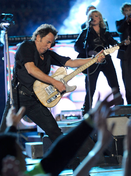 Bruce Springsteen, Christina Aguilera, More to Perform at Hurricane Sandy BenefitConcert pics