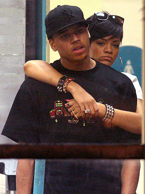 chris brown and rihanna pda