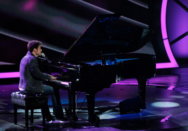 Kris Allen Playing the Piano