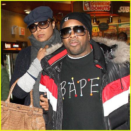 Janet Jackson and Jermaine Dupri at La Guardia Airport