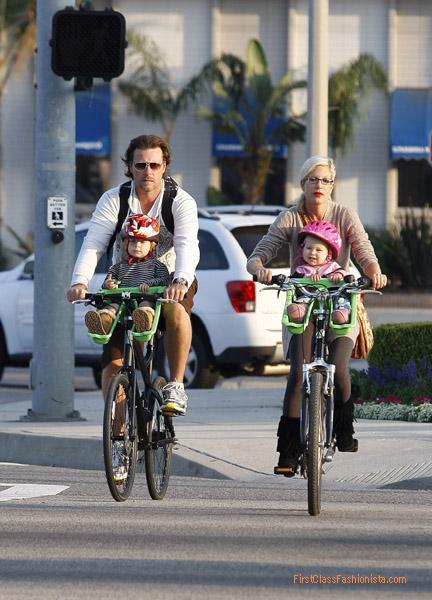 Tori Spelling and Dean McDermott Family Sightings