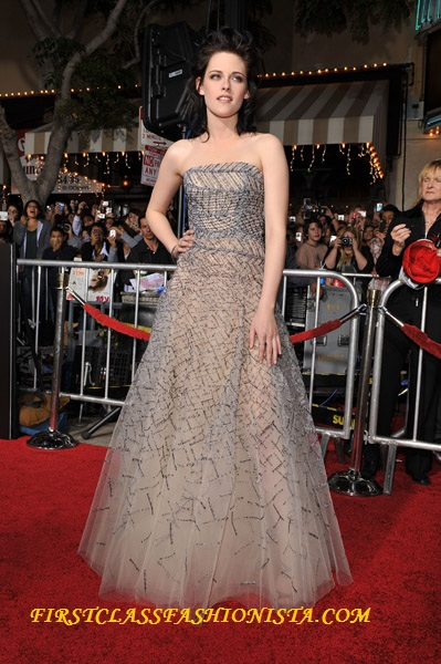 Kristen Stewart on the Red Carpet of the Premiere of New Moon