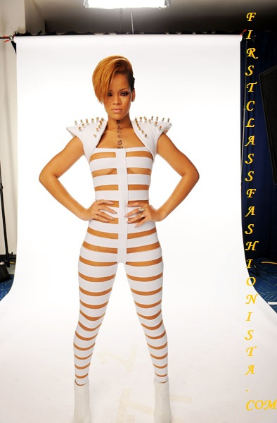 Rihanna Outfit at 2009 American Music Awards