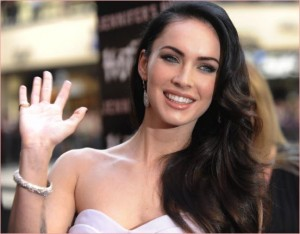 megan-fox-hot-topic-jennifers-body