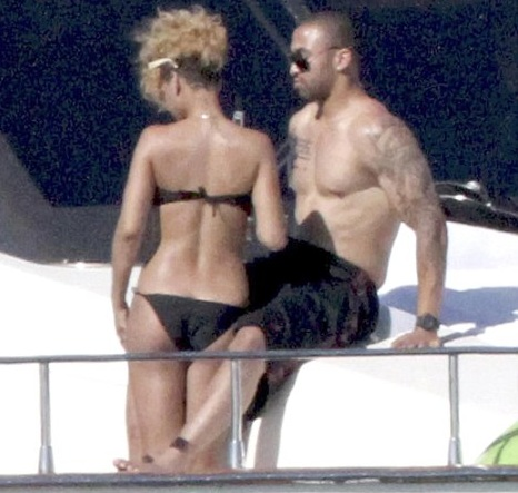Rihanna and Matt Kemp Sightings
