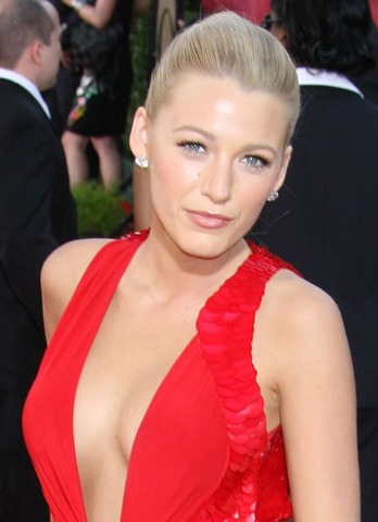 Blake Lively  Boyfriend on Blake Lively New Boyfriend  Blake Lively 39 S New Hairstyle