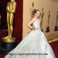 Amanda Seyfried on the Red Carpet of the 2010 Academy Awards. Amanda Seyfried's red carpet hairstyle and dress at the 2010 Academy Awards. Who is Amanda Seyfried's 2010 Academy Awards...