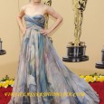 Rachel McAdams on the Red Carpet of the 2010 Academy Awards. First Class Fashionista Rachel McAdams' red carpet hairstyle and dress at the 2010 Academy Awards. Who is First Class...