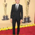 How to Dress Like Zac Effron Zac Effron on the Red Carpet of the 2010 Academy Awards.Who is Zac Effron's 2010 Academy Awards fashion Designer? Zac Effron is wearing Calvin...