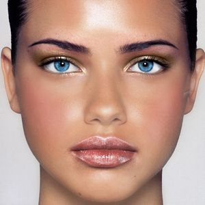 Adriana Lima Haircut on Adriana Lima   S Weight Loss Secret   First Class Fashionista
