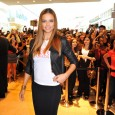 Today Victoria's Secret opened their second store in Canada at the Yorkdale Shopping Centre. To celebrate the grand opening, fans got to meet Victoria's Secret Super Model Adriana Lima! That's...