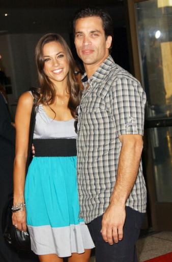 one tree hill actress jana kramer�s marriage is over