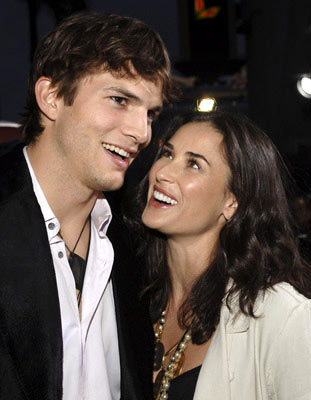 ashton kutcher and demi moore married. Demi Moore and Ashton Kutcher