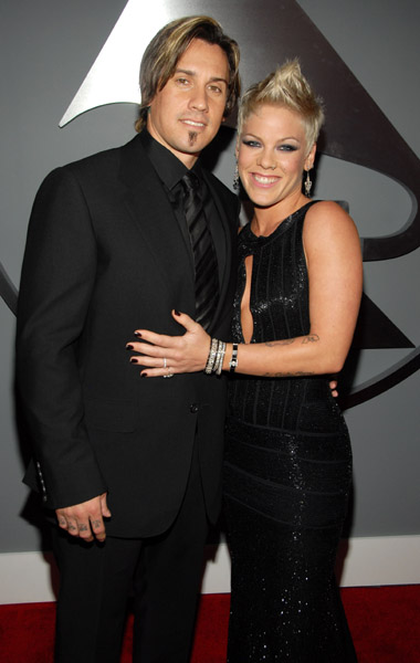 pink carey hart pink and carey hart