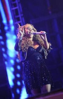 Mariah Carey Baby Bump