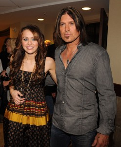 Miley Cyrus  Billy  Cyrus on Miley Cyrus And Billy Ray Cyrus