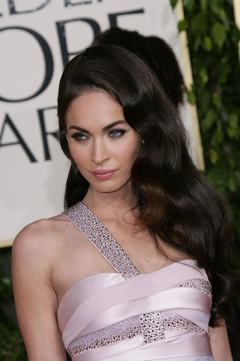 megan fox side part hairstyle