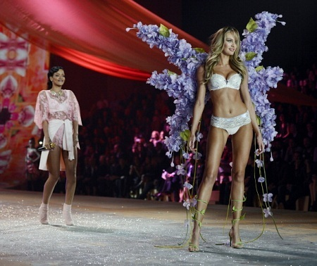 Victorias Secret Fashion Show Candice Swanepoel