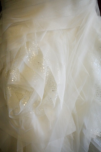vera wang dress fabric