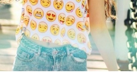 emoji fashion looks